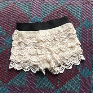 lace crocheted shorts